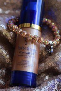Pearlizer Makesense foundation, pantone color ultra violet, ultra violet